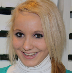 Frau Wesner - kieferorthopaedische Fachassistentin in der kieferorthopaedischen Praxis Smile & More in Bonn - Bad Godesberg